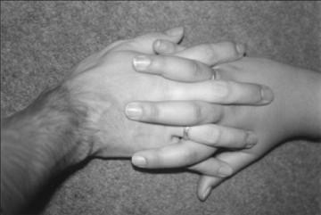 medium_hand-in-hand.jpg