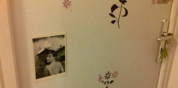Audrey Heburn sur une porte girly