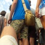 Rester paisiblement allongé pendant que les autres festivaliers vous marchent autour, c'est possible ?